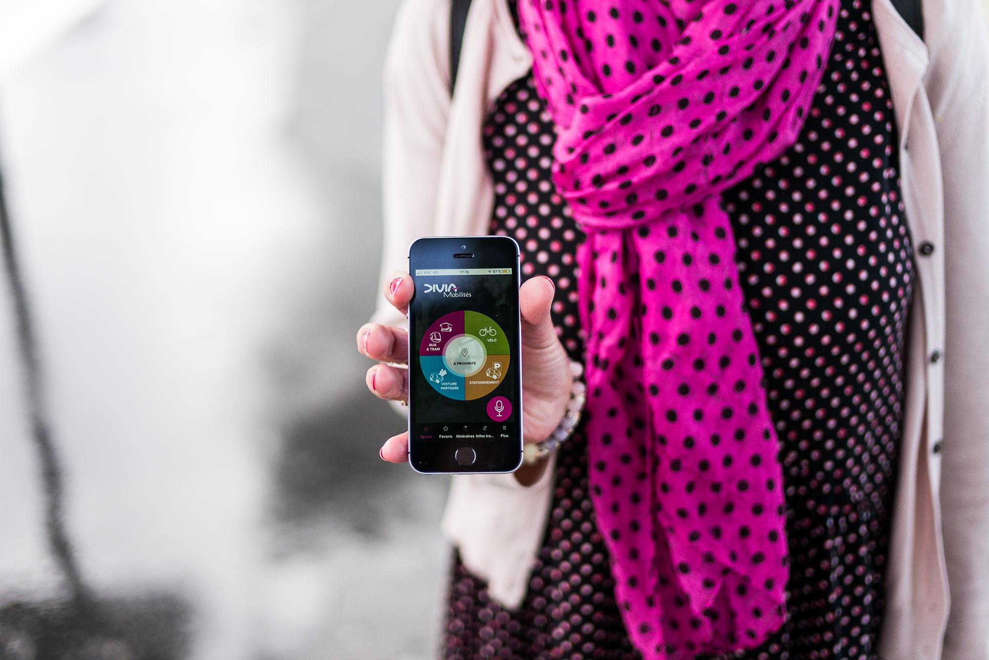 'Innovation inédite : un assistant vocal de mobilité sur l'appli DiviaMobilités !